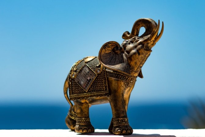 Understanding Meaning Of Elephant Necklace And Others Baltic Domini