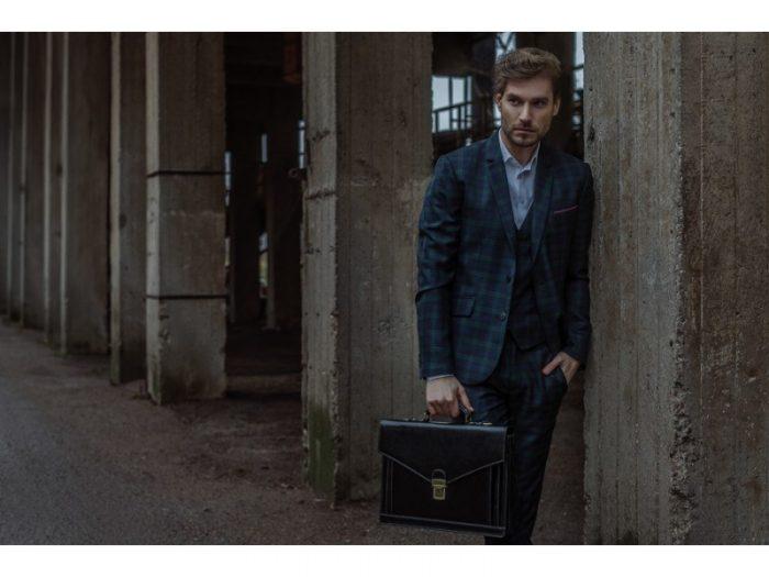 Black Premium Leather Briefcase (2)