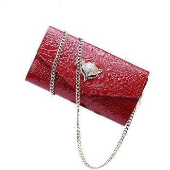 Crocodile Pattern Clutch Bag With Shoulder Chain - Avoine