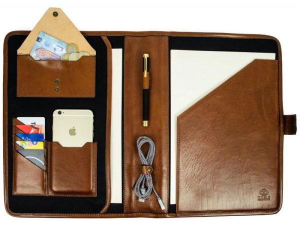 Brown Full Grain Leather Organizer - The Call of the Wild6