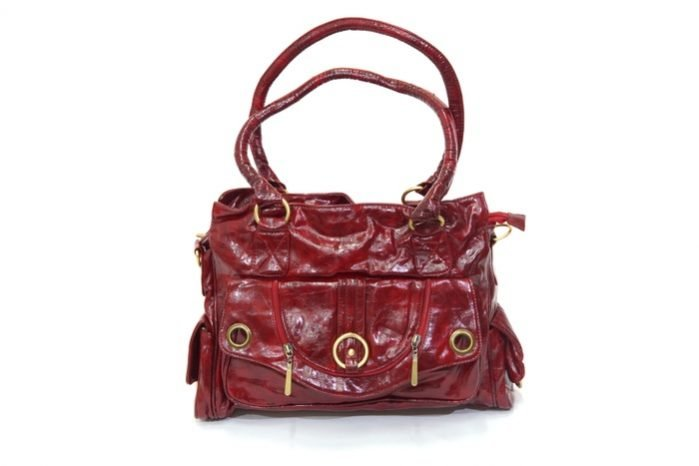 How to Straighten Leather Bag