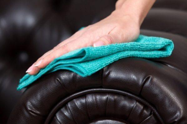 Nettoyage et entretien du cuir reconstitué